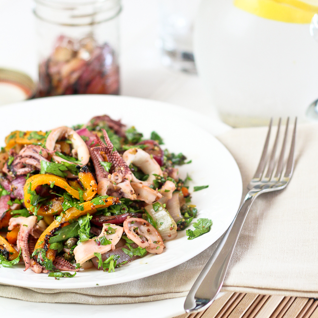 Салат с кальмарами и перцем рецепт с